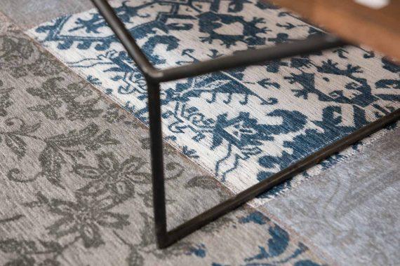 tapijt Louis De Poortere PT8981 Vintage Bruges Blue zoom 1