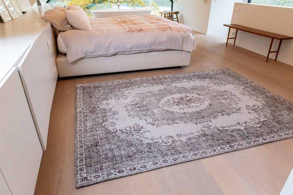 Louis De Poortere tapijt PT 9107 Palazzo Da Mosta Contarini White interior 1