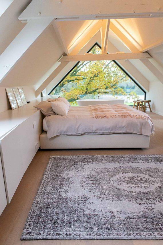 Louis De Poortere tapijt PT 9107 Palazzo Da Mosta Contarini White interior 3
