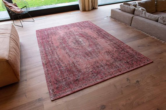 Louis De Poortere tapijt PT 9141 Palazzo Da Mosta Borgia Red interior 3