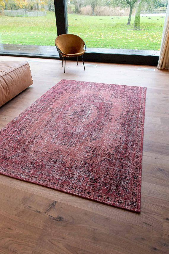 Louis De Poortere tapijt PT 9141 Palazzo Da Mosta Borgia Red interior 6